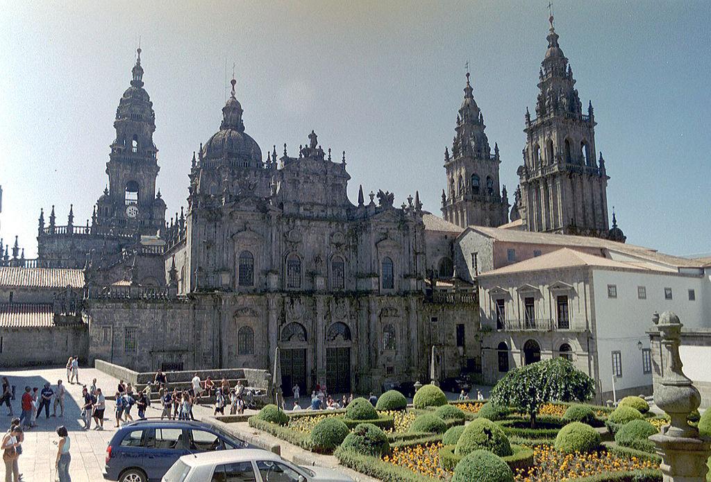 Cathedral_square_Santiago_de_Compostela