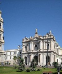 Papieskie Sanktuarium Matki Bożej Różańcowej w Pompejach