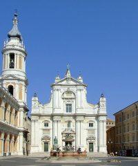 Sanktuarium Santa Casa w Loreto, Bazylika MB Loretańskiej