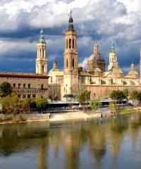 Sanktuarium Matki Bożej z Pilar (El Pilar) w Saragossie
