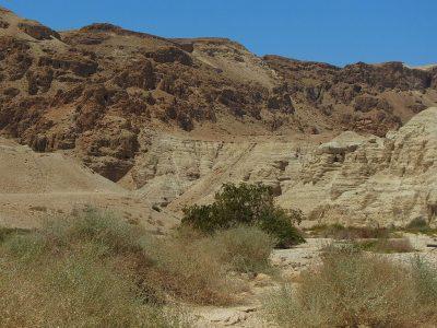 Jaskinie w Qumran