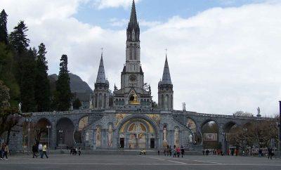Sanktuarium Matki Bożej – Bazylika Niepokalanego Poczęcia NMP w Lourdes