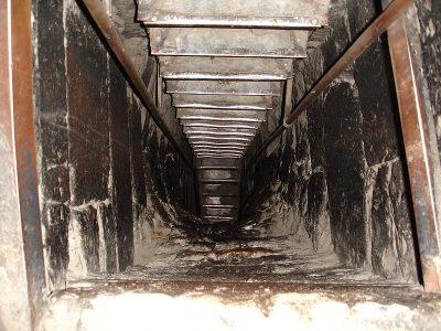 Wejście do tzw. Sali Studni