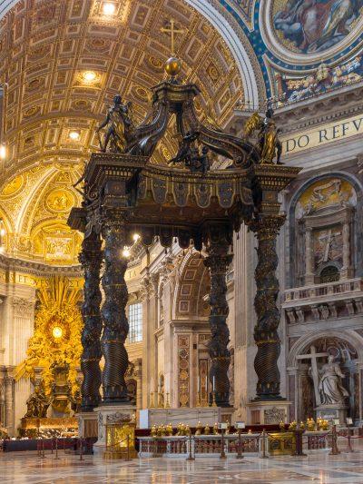 Konfesja Świętego Piotra z baldachimem Gianlorenzo Berniniego